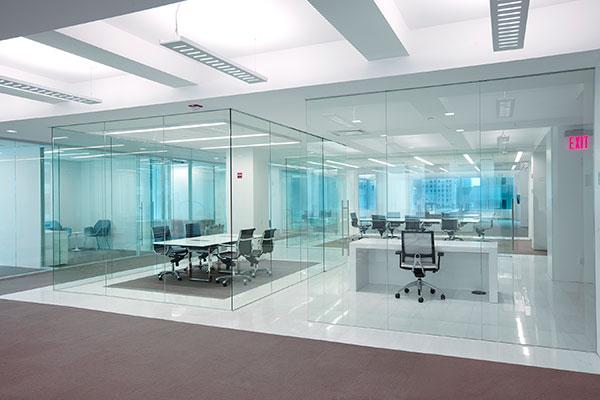 پارتیشن شیشه ای - مبلمان اداری - دکوراسیون داخلی